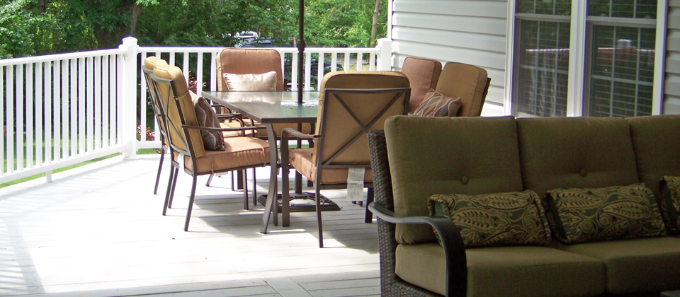 Sitting Area & Outdoor Dining Table ~  Sunnybrook's Front Porch